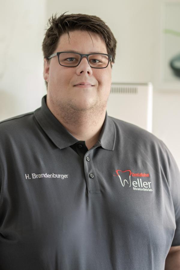 Henrik Brandenburger - Dentallabor Weller Neunkirchen