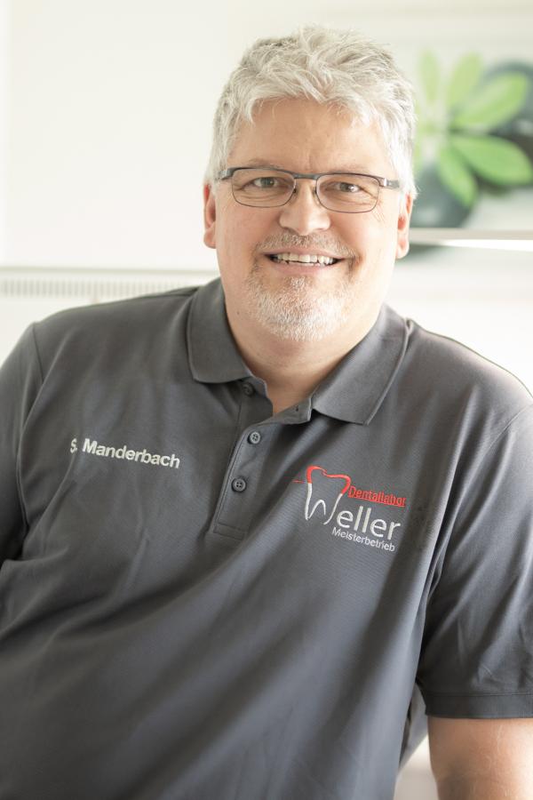 Steffen Manderbach - Dentallabor Weller Neunkirchen